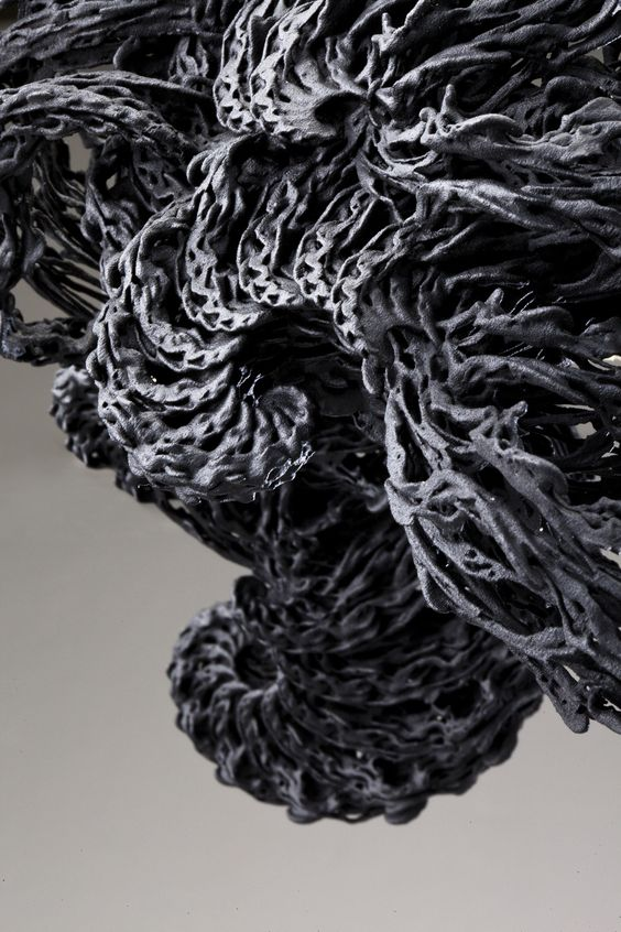 black turbulence | 3d printed necklace | niccolo casas + leyre valiente | www.niccolocasas.com