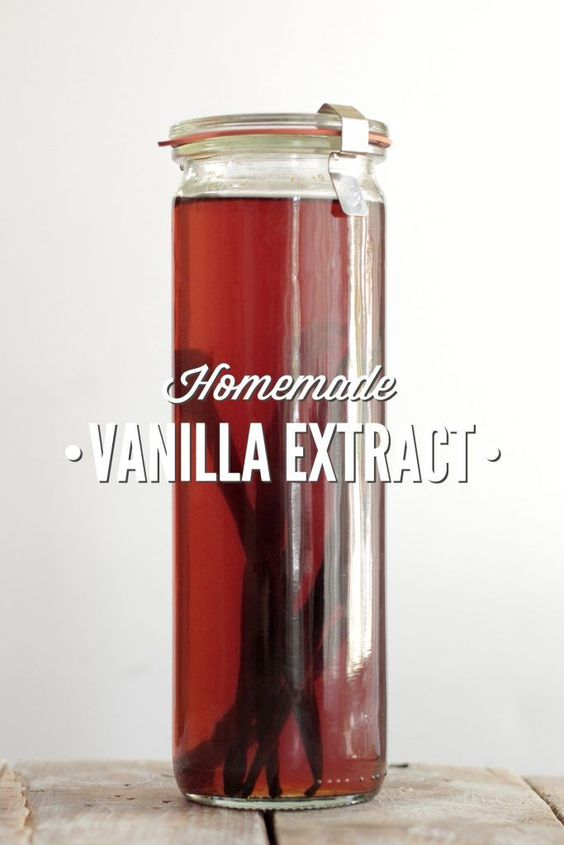 How to make homemade vanilla extract. Never buy vanilla extract ever again. This recipe is so easy and makes the very best vanilla extract!