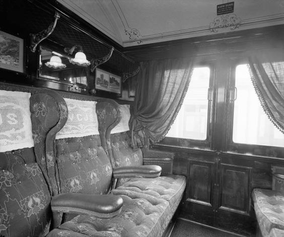 first class railway carriage interior about 1909 the 1890 39 s pinterest photos interiors. Black Bedroom Furniture Sets. Home Design Ideas