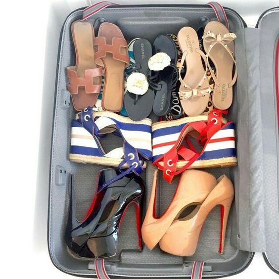 Na hora de fazer as malas a blogueira @fesena não esquece das suas anabelas navy @tanarabrasil. Lançamento da coleção primavera-verão 2016 em breve nas lojas de todo o país!  #shoesfirst