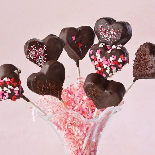 Valentine brownie cake pops