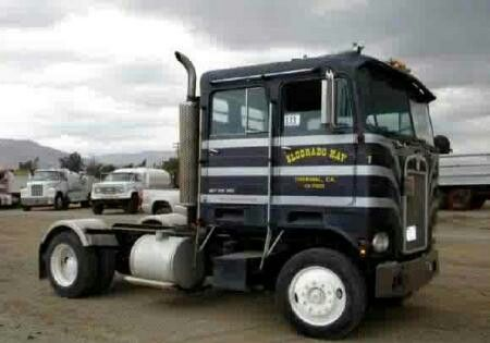 Double cab Kenworth