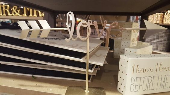 Make with precut wooden words.