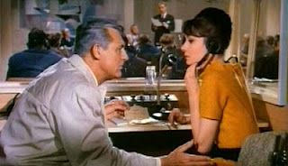 Charade - Carey Grant, Audrey Hepburn, Walter Matthau, James Coburn, George Kennedy...