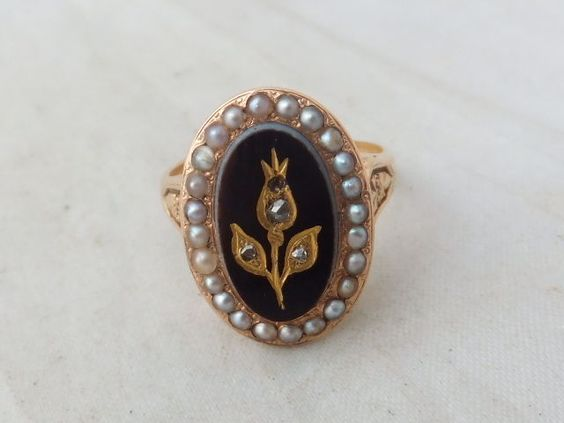 Fine Victorian Diamond and seed Pearl hardstone 14ct rose gold cluster ring