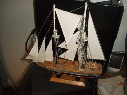 """WOW! Canadian BLUE NOSE AWESOME! 14"""" X 14"""" Wooden Sailing Ship Canada Model"""