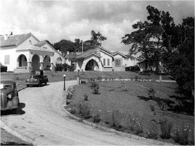 Moleskine Eletrônico: Volta Redonda-RJ anos 40, 50 e 60  Esse era a cara dos bairros recém construídos pela CSN, foto de 1945.