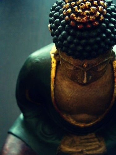"""""""Let one mold himself in accordance with the precepts he teaches.""""    ~  Thich Nhat Hanh   <3 lis"""