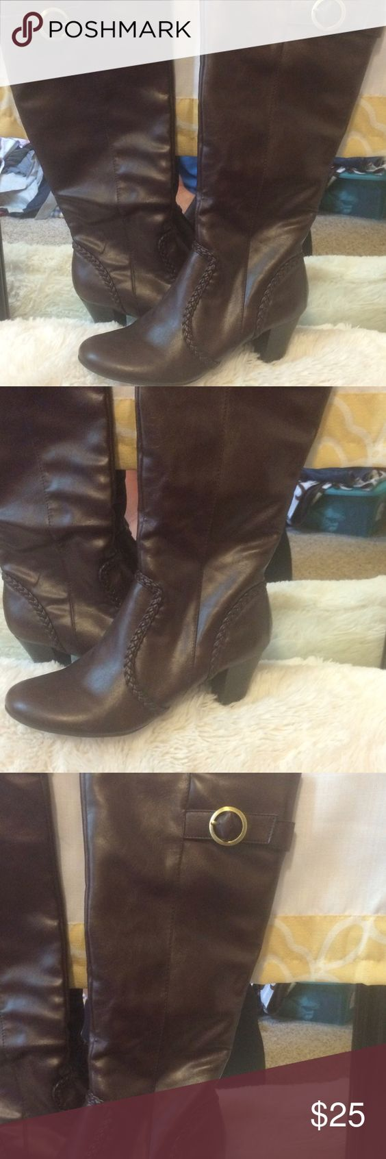 Brand-new comfort boots Excellent condition never been worn namebrand Life Stride Shoes Heeled Boots