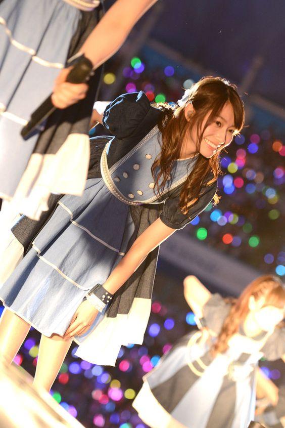 ステージで踊る桜井玲香のかわいい画像