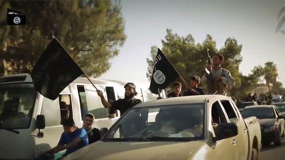 Yihadistas daneses reciben miles de dólares del subsidio por desempleo mientras están en Siria