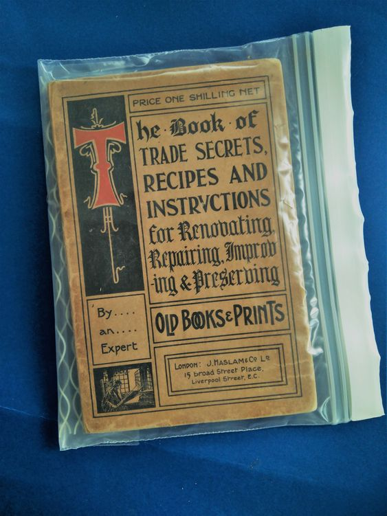Cómo actuar con los libros ante el riesgo de contagio por COVID -19 - El Blog de la BNE