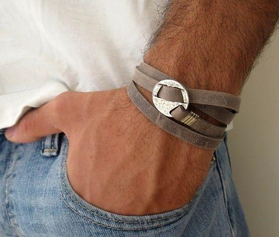 Bracelet hommes - bracelet en cuir gris avec de l'argent plaqué élément de cercle