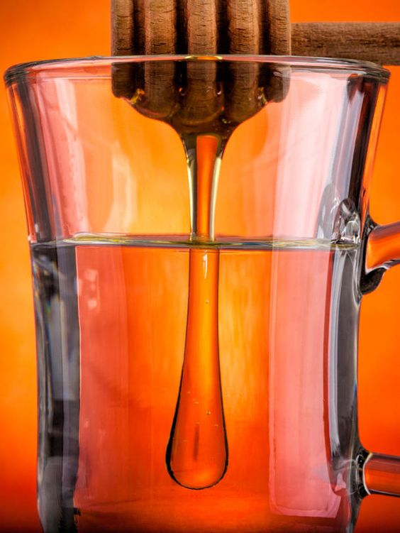 Wasser, Honig, Zimt - der perfekte Drink zum Abnehmen