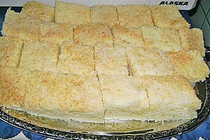 Buttermilchkuchen mit Kokos, ein beliebtes Rezept aus der Kategorie Kuchen. Bewertungen: 56. Durchschnitt: Ø 4,5.