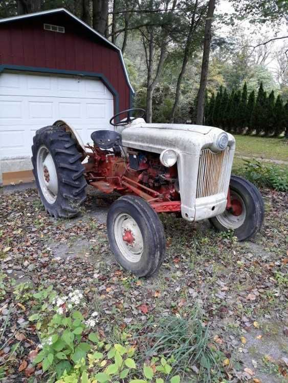 Ford Tractor 1954 Ford Jubilee Good Condition 6 Cylinder Tires Are