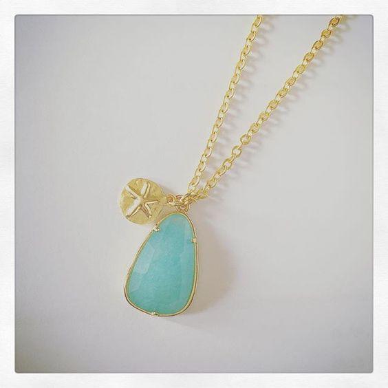 #necklace #new #newcollection #goldplated #16k #lightgreenjade #star #charm #aw15 #aw1516 #fashion #instafashion #fashionblogger #jewelry #jewellery #bijoux #colar #fio #jadeverdementa #oi1516 #banhodeouro #16quilates #estrela #acessorios #bijuteria #musthave #oi15 #etoilestars #accessories