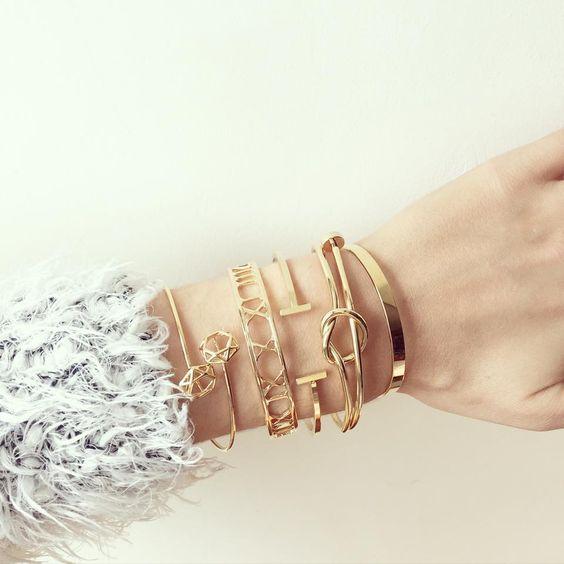 Bracelets à retrouver sur www.joliedemoiselle.fr  #bracelets #joncs #bijoux #gold #jewels #joliedemoiselle