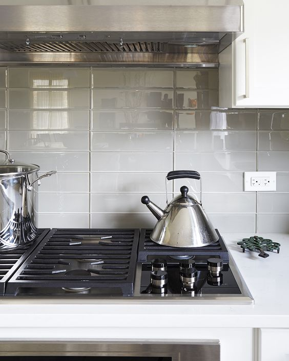 Contemporary Kitchen Backsplash Designs: Stacked Subway Is A Modern Take On The Traditional 3x6