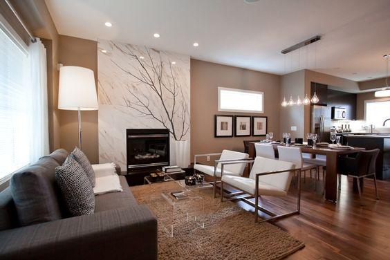offener Wohnbereich mit moderner Einrichtung in neutralen Farben