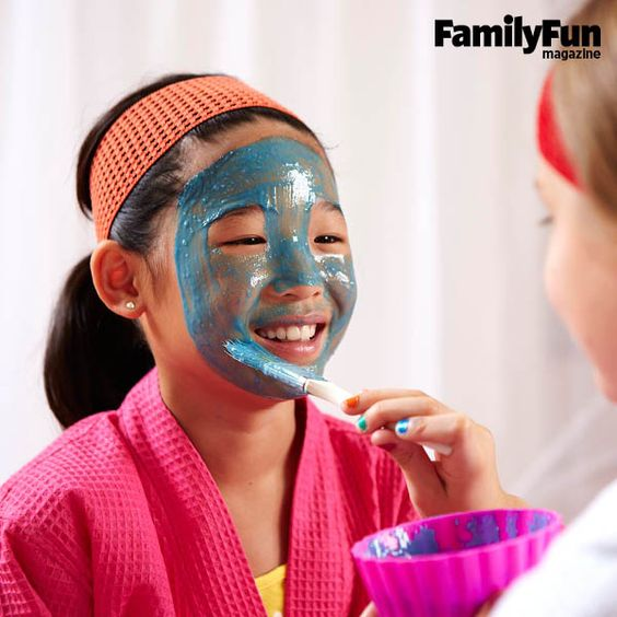 Honey Banana Mask: In a blender, combine 1 cup plain yogurt (room temperature), 1 medium banana, 2 tablespoons honey, and 1 drop of blue food coloring. Apply to the face with a brush, avoiding the eyes. Leave on for 5 minutes. Rinse with warm water. Pat skin dry.