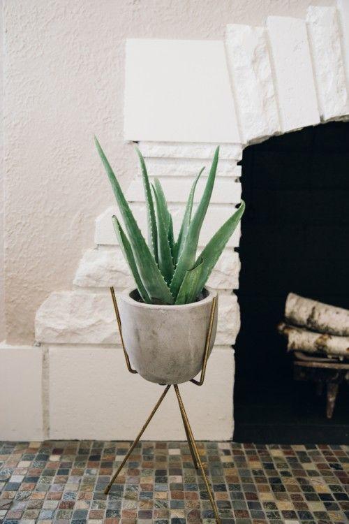 vintage plant stand: