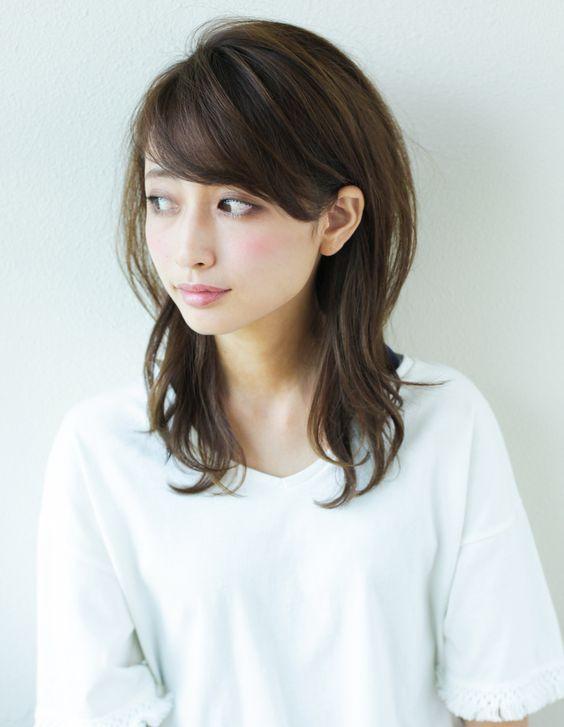 大人 ミセスのボリュームセミロング Yr 453 ヘアカタログ 髪型