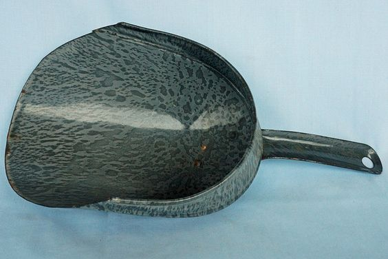 "Antique Speckled Gray Graniteware Scoop    This old scoop in in great condition. It measures 12"" long x 3"" deep x 5 1/2"" wide.  Tin Can Alley www.bagtheweb.com/b/UG8KRi   inside the Castle Rock Mercantile Antique Mall  160 H Huntington Avenue N  Castle Rock, WA 98611  bagtheweb.com/b/E7Kxc0  Vintage Northwest: bagtheweb.com/vintage"