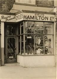 I lived the spring of 1993 in Hamilton, Lanarkshire, Scotland