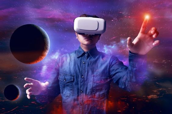 VRで宇宙空間を楽しむ画像