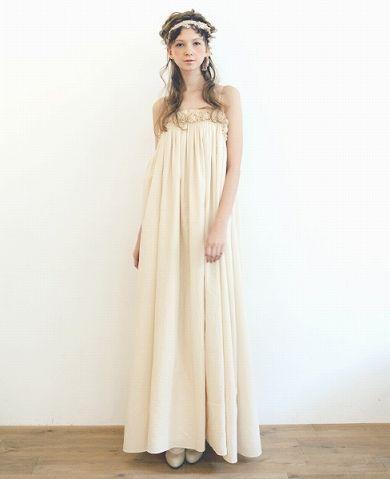 Palm.×hoshiのコラボレーションウエディングドレス。