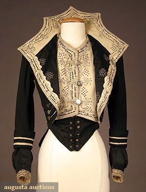 HIGH STYLED BLACK WOOL BODICE, c. 1900