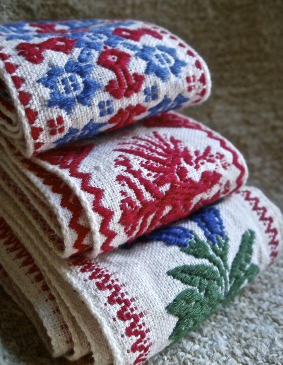 folk art & crafts