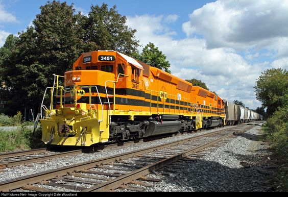 RailPictures.Net Photo: MM 3451 Maryland Midland EMD SD40-2 at Highfield, Maryland by Dale Woodland
