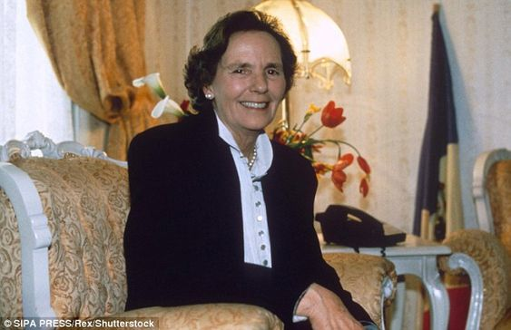 Former Queen Anne of Romania has died in a Swiss hospital at the age of 92, the royal house announced