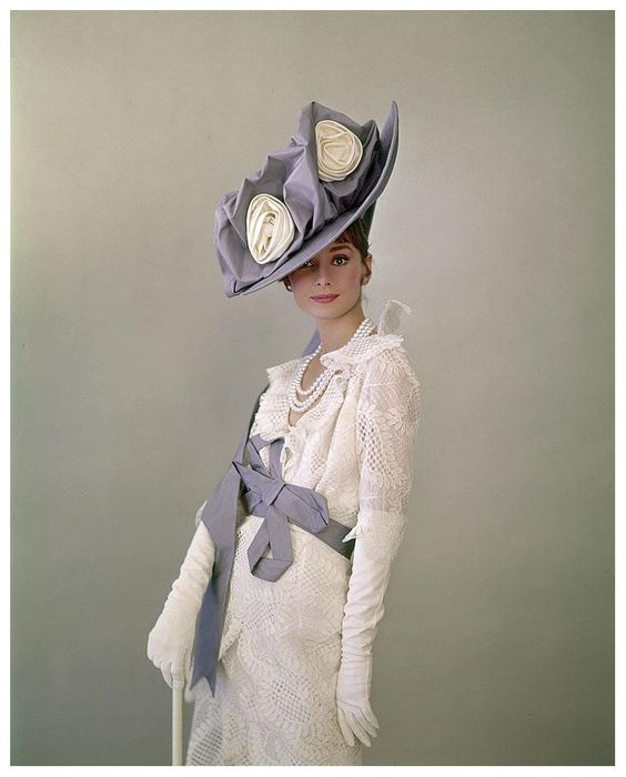Cecil Beaton photograhing Audrey Hepburn for My Fair Lady and result 1963