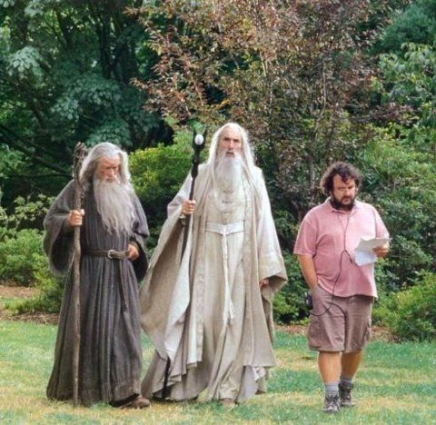 directing the wizards... - (peter jackson)(christopher lee)(ian mckellen)(lord of the wings)(gandalf)(saruman)