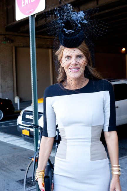 Anna Dello Russo in a #VictoriaBeckham dress and Philip Treacy hat #streetstyle #NYFW