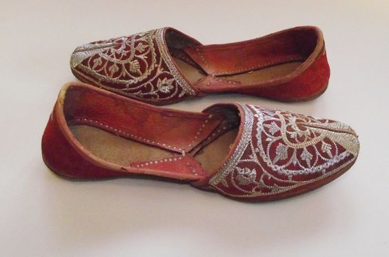 Middle Eastern slippers - بحث Google‏