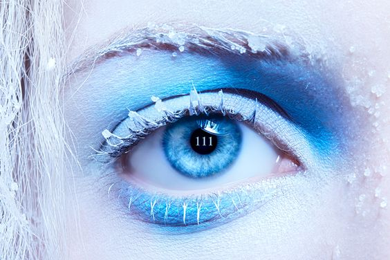 The 111 or 1111 sequence can be an incredibly meaningful sign of alignment in the process of manifestation. You might also see 222, 333 or perhaps even 555. Whatever the numerical sequence, these 'Angel' numbers are such a strong and powerful form of communication to let you know that things are all aligning very nicely....