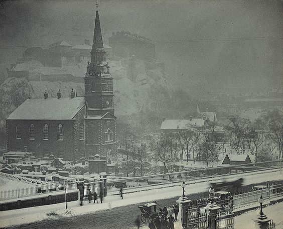 The Passion of Former Days: Old Edinburgh