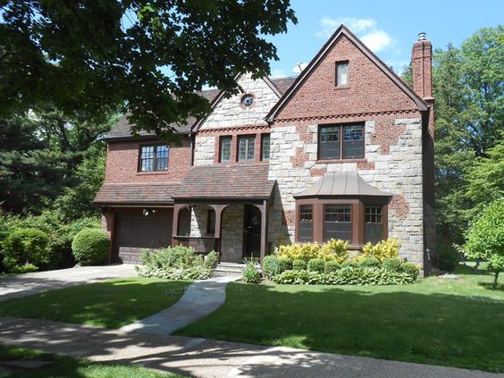 OPEN HOUSE SUNDAY OCT 19TH 1 3 PM Forest Hills and Forest Hills