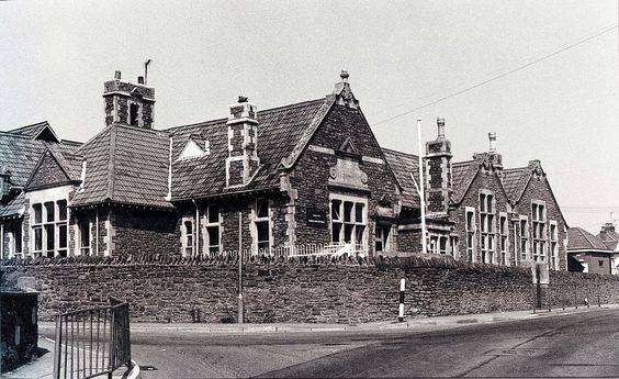 Cadbury Heath School, South Gloucestershire | by brizzle born and bred