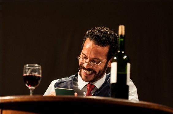 """Uma das atrações do Fringe, a Mostra Baianasurge novamente noFestival de Teatro de Curitiba com uma proposta ambiciosa: divulgar as principais produções da Bahia entre 2013 e 2014. Não à toa, a curadoria é assinada pelo ator Lázaro Ramos, que ajudou a selecionar oito atrações dentre as principais montagens do estado. Todos os espetáculo serão...<br /><a class=""""more-link"""" href=""""https://catracalivre.com.br/curitiba/agenda/indicacao/lazaro-ramos-e-curador-da-mostra-baiana-no-fringe/"""">Continue…"""