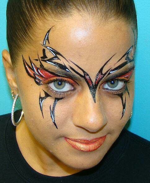 Cool tribal face paint design