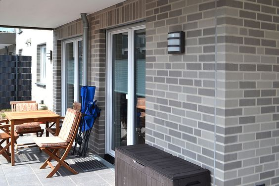 FARO , grau-bunt u2013 Röben Tonbaustoffe GmbH Hausfassade Pinterest - verblender wohnzimmer grau