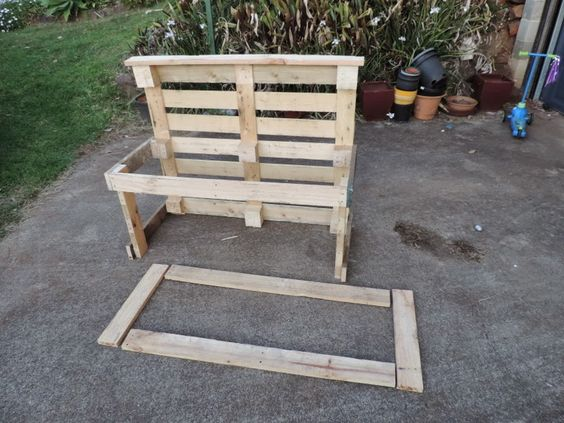 Recycled materials, Pallets and Kitchen sinks on Pinterest