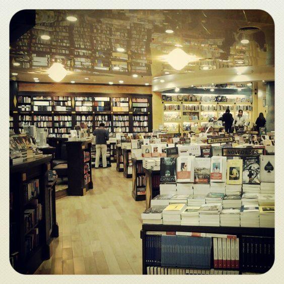 Cúspide Libros - Sucursal Recoleta Mall
