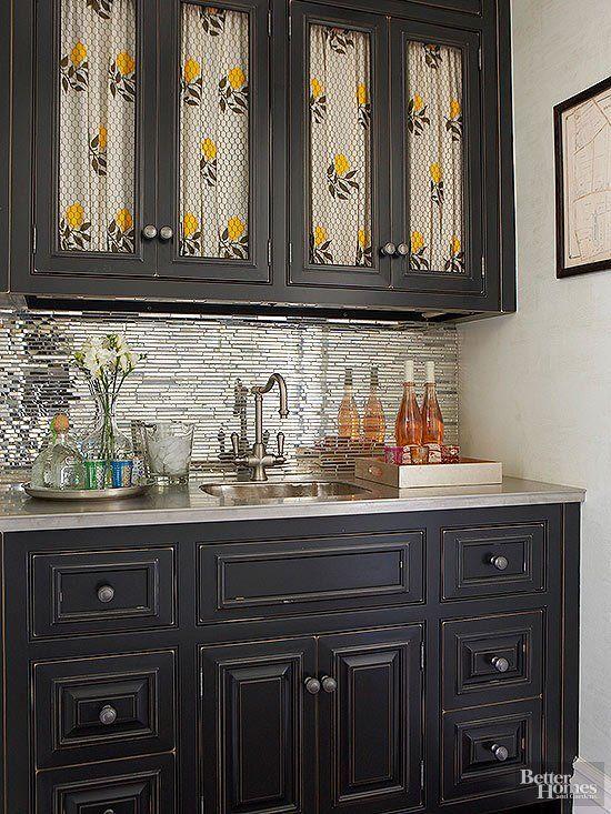 Perfect Modern Home Bar Design