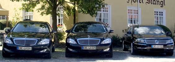 Limousinenservice und Chauffeurdienst München - Larcher Touristik GmbH http://www.larcher-tours.de/limousinenservice-muenchen